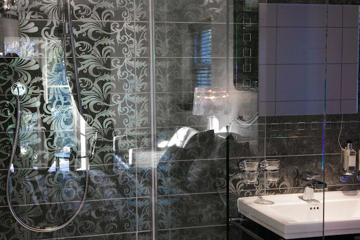 Bathrooms designed to be shared and to impress at Windermere Suites
