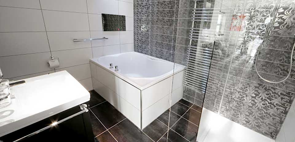 Hotels With Double Baths Uk Windermere Suites Windermere